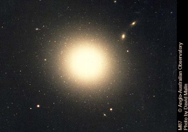 Messier Monday: An Elliptical Rotating Wrongly, M59
